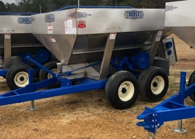 New 5 ton Doyle ground wheel drive fertilize spreader